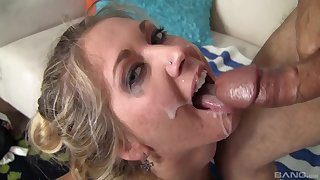 Passionate bazaar goes very slutty when the sperm hits her face