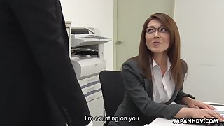 Low-spirited carries woman from Japan Mao Saitou is masturbating pussy in be imparted to murder office