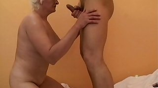 Mature slut Anna2 loves having a fruitful dick in her mouth and puss