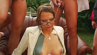 Dirty husband makes his wife have sex almost a lot of his entourage