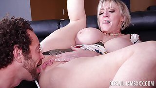 Of age tie the knot Dee Williams with wide-ranging portray tits fucked by a big cock