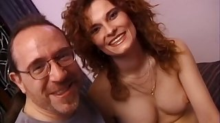 Amateur wife Lenka loves playing with her pussy and having sex